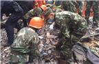 2016年10月10日凌晨4时许,浙江温州鹿城区双屿街道中央涂村中央街159号有4间民房倒塌。事发后,当地迅速启动应急响应机制,要求尽一切可能救援被困人员,全力抢救伤者。图为救援现场。