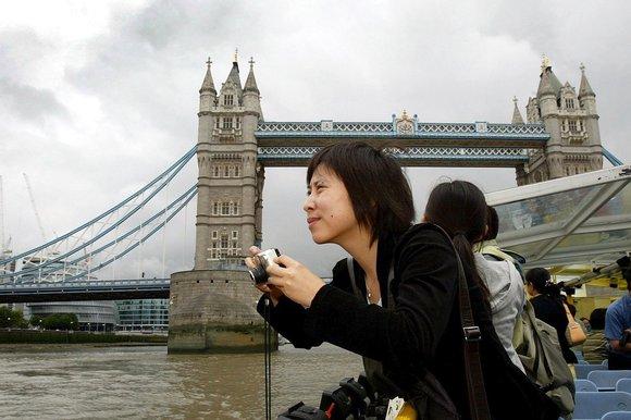 2年还是10年?英国政府专为中国金主放宽签证