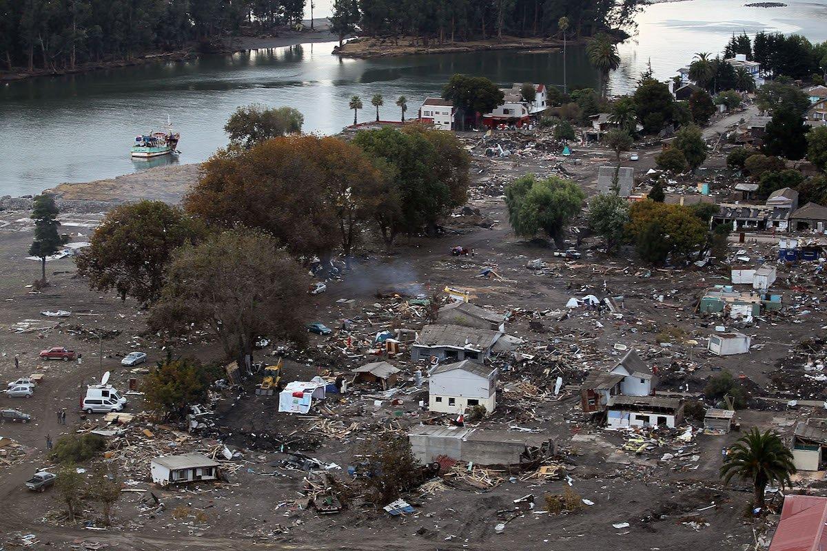 2010年2月27日,智利发生8.8级大地震,引发海啸,导致524人死亡. 5.