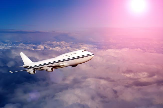 却远远赶不上民航飞机增长的速度
