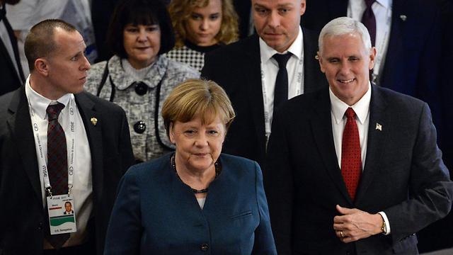 彭斯向欧盟传达特朗普意愿 美国永远是北约强有力的支撑