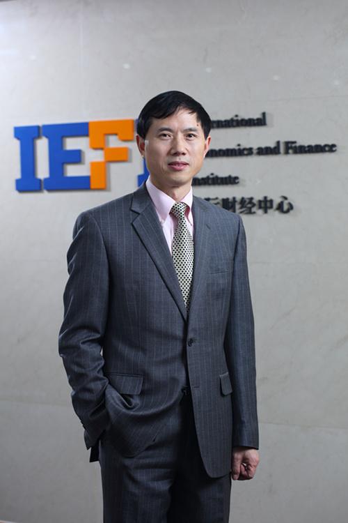 財政部國際財經中心主任周強武