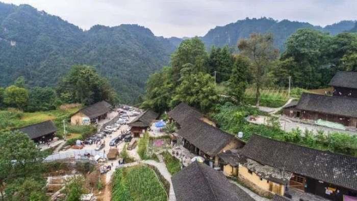 2017年9月21日拍摄的湖南湘西土家族苗族自治州花垣县双龙镇十八洞村。
