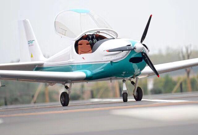 上月29日,随着5架通航飞机降落汉南通航机场,标志着武汉首座通航机场