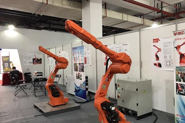 澳门电子游戏网址大全:国产机器人行业利润增长三成来自于补贴_中高端市场仍需突破