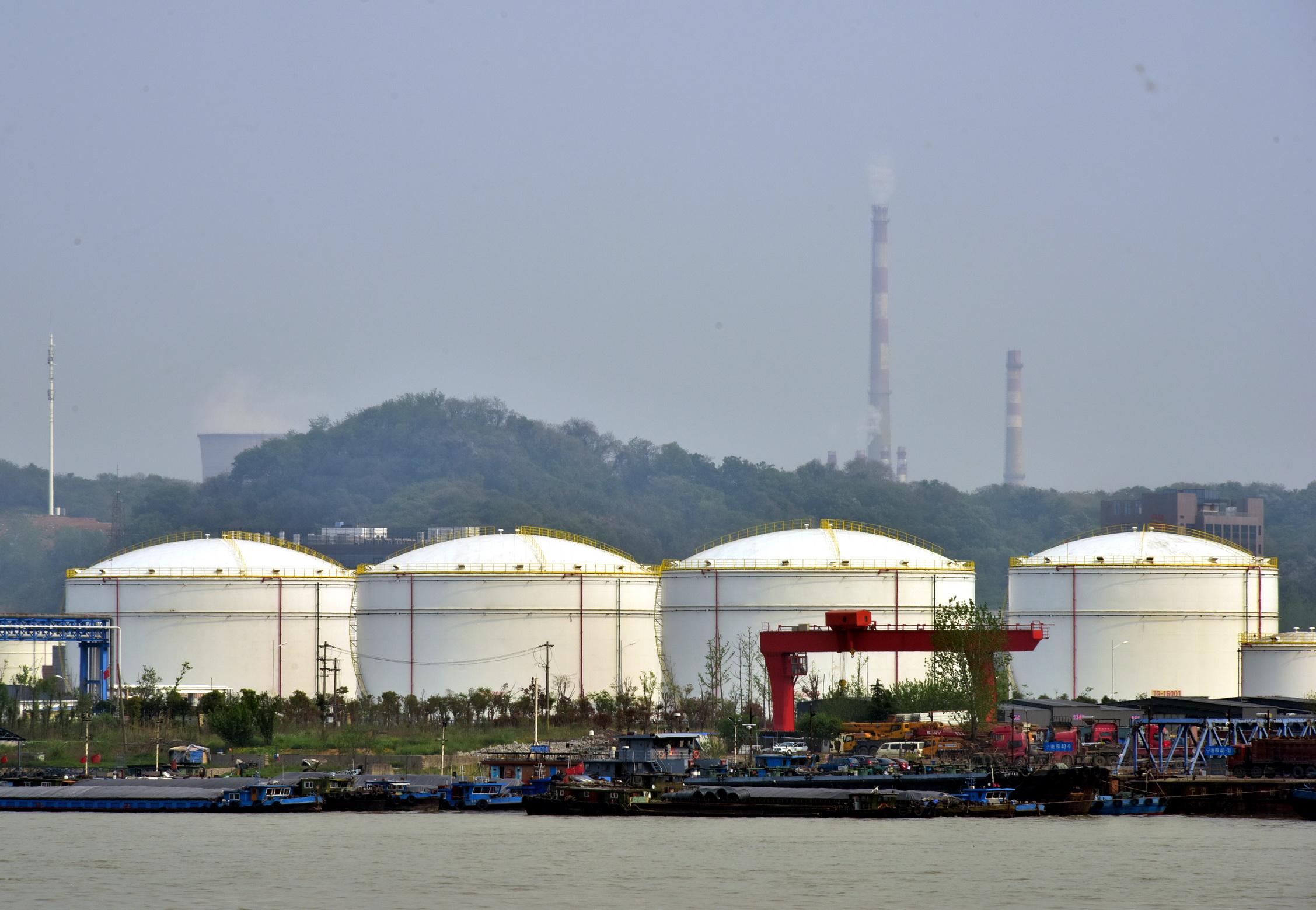化工產業是江蘇省重要的支柱產業,主營業務收入占全國產業總量15.37%。攝影/章軻