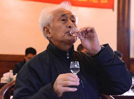 """北京赛车走势图怎么看:""""茅台教父""""季克良"""