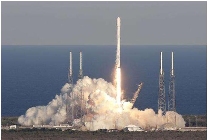 SpaceX向NASA提议扩大火箭发射设备规模 相关阅读 关键字 评论 视频排行 最热新闻 图集推荐