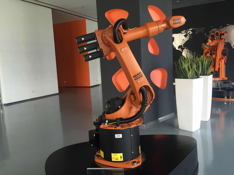 顺德工厂今年四季度投产,库卡要在2020年前成中国机器人制造第一 相关阅读 关键字 评论 视频排行 最热新闻 图集推荐