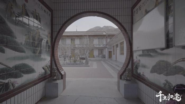 祖宅既有东乡族的传统民居特色,也保留了对汉文化的亲近。 摄影/吴军