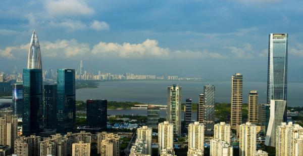 深圳市南山区后海总部基地片区以及深圳湾片区。新华社资料图
