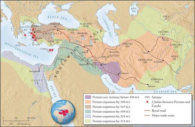 """波斯帝国早在2400年前就建成了沟通欧亚大陆东西方的古道网络。图中深色的道路是从首都苏撒通往小亚细亚以弗所的""""御道"""",浅色的道路则是主要的商道。"""