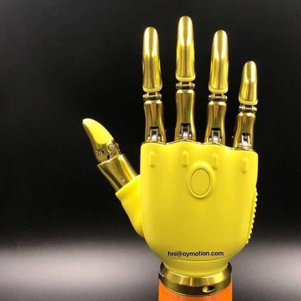 傲意科技推出的人工智能仿生手。