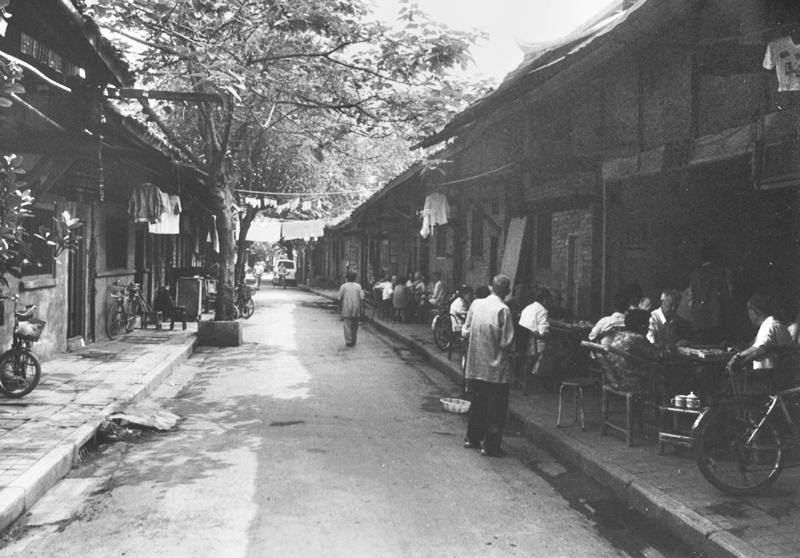 和尚街(王晶摄于1997年)