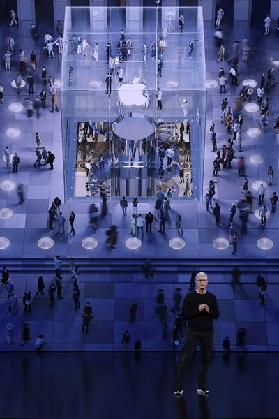 當地時間9月10日,在美國加利福尼亞州舊金山灣區,蘋果公司首席執行官蒂姆·庫克出席新品發布會。新華社