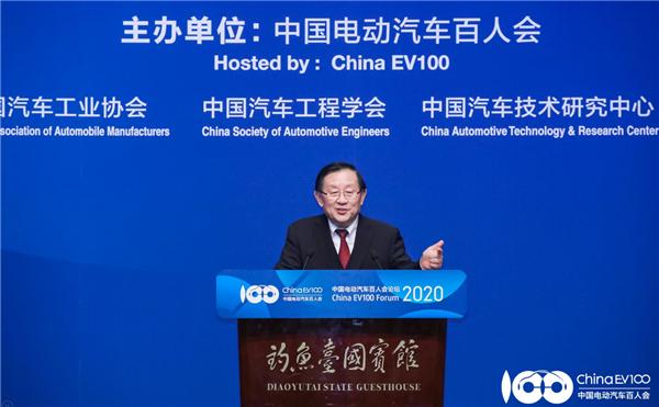 全国政协副主席、中国科协主席万钢