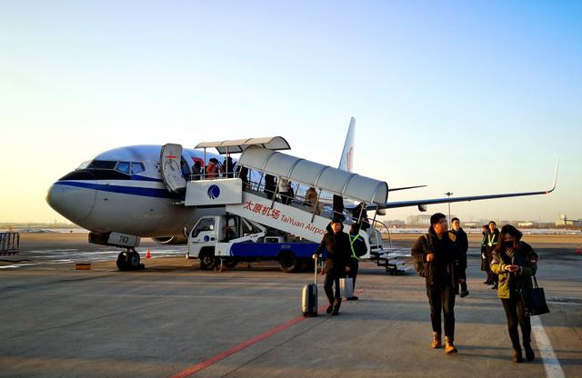 受疫情的影响,民航客流量大幅下降。图为节前一周的山西太原机场。摄影/章轲