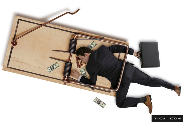 """提到A股游资中的""""温州帮"""",给人的第一印象是""""吃相难看,手法凶狠"""",往往令散户心惊胆战,但这回却被监管层狠狠的收拾了。6月16日证监会通报称,马永威、曹勇于2016年7月5日至18日期间,利用资金优势,通过连续买卖、在涨停板大量申报买单维持涨停价格、虚假报撤单、在自己实际控制的账户之间进行交易等手段,操纵""""福达股份""""股价,获利共计约2288万元。对于上述行为,证监会决定没收马永威、曹勇违法所得约2288万元,并对马永威处以约4577万元罚款,对曹勇处以约2288万元罚款,总计罚没金额9154万元。小散们再也不用担心被轻易的""""割韭菜啦""""!证监会依法对5宗案件作出行政处罚,其中包括:2宗操纵证券期货市场案,2宗内幕交易案,1宗中介机构违法违规案。"""
