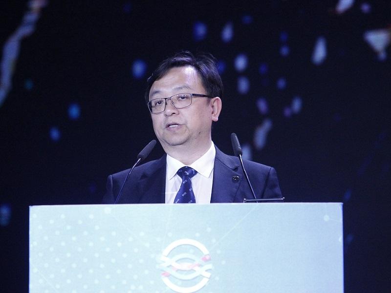 比亚迪王传福:互联网造车快人一步源于管理创新丨时代追光者