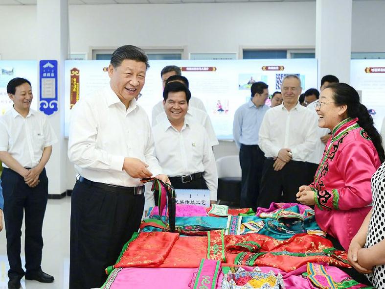 """在内蒙古,www.w88.com习近平讲了这样一堂""""公开课"""""""