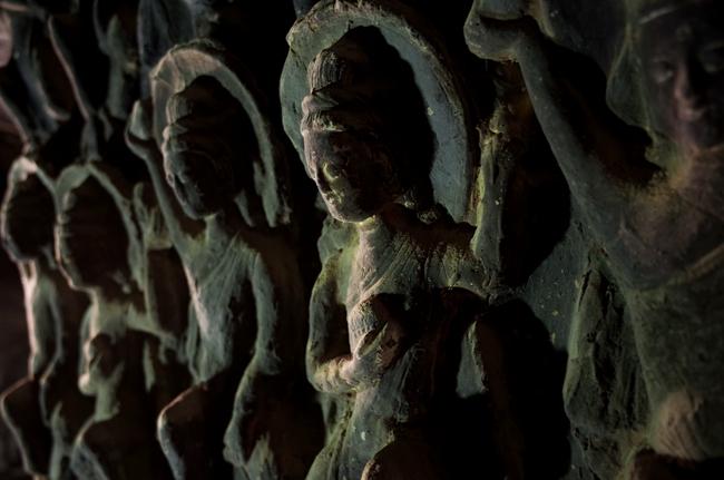 254窟是敦煌最知名的洞窟之一,建于北魏。