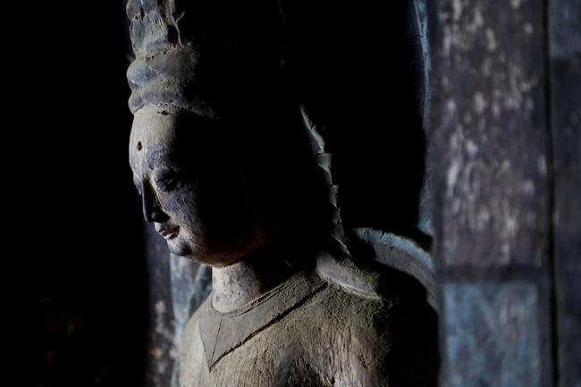 254窟内的雕塑非常精美,这一窟的壁画也极受推崇,历史与艺术价值极高。