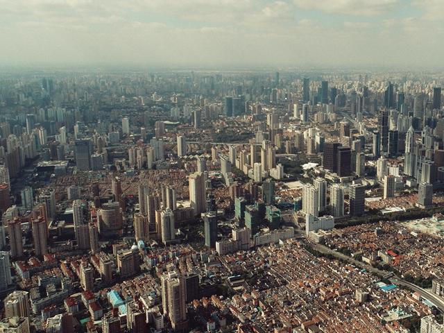 房價高企,買不起房之後,租得起房是城市居民最後的保障