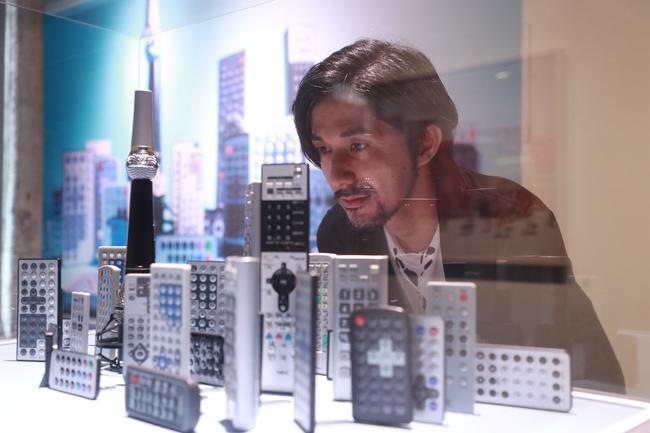 田中達也和他為上海個展設計的新作(圖片提供:悠逖文化)