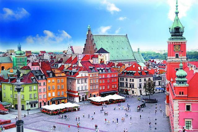 图为波兰首都华沙
