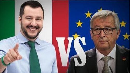 意大利副总理萨尔维尼(左),欧盟委员会主席容克(右)