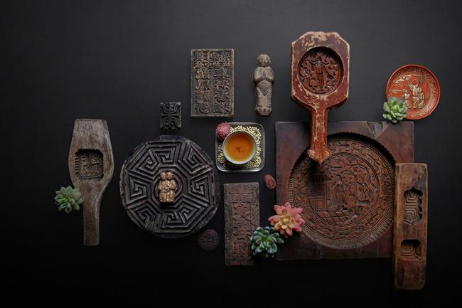 于进江珍藏的古代点心模具