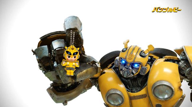 """大黄蜂的""""萌""""是这部电影的一大卖点。图片来自网络"""