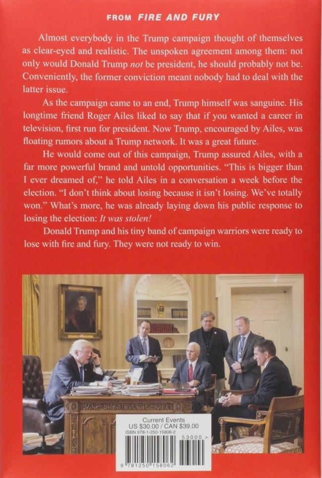 白宫中的特朗遍及其中间团队,右三为班农。