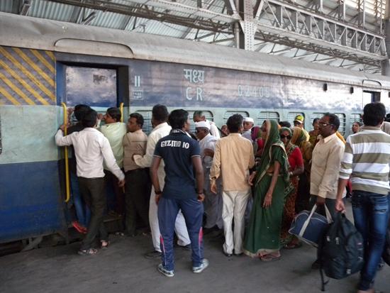 印度普通列车。资料摄影/钱小岩