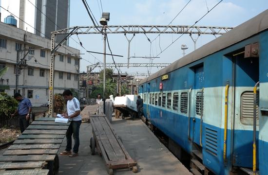 印度普通货车。资料摄影/钱小岩