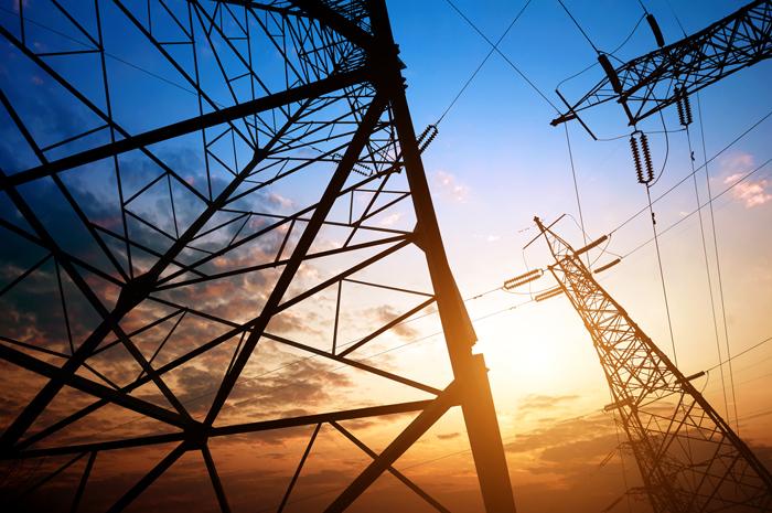 2018年国家发改委分四批出台了10项降价措施,初步统计已出台的措施,按年计算,合计可减轻一般工商业企业电费支出超过1000亿元,超额完成10%降幅目标。 视觉中国图