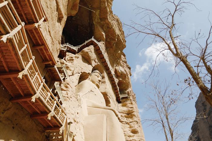 炳灵寺石窟中的墨书题记,是全国石窟中迄今发现最早的纪年题记 摄影记者/吴军