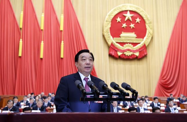 3月8日,十三届全国人大二次会议在北京人民大会堂举行第二次全体会议。受全国人大常委会委托,全国人大常委会副委员长王晨作关于外商投资法草案的说明。