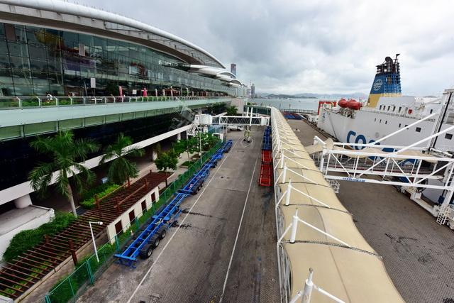 厦门邮轮母港航站楼外景。摄影/章轲
