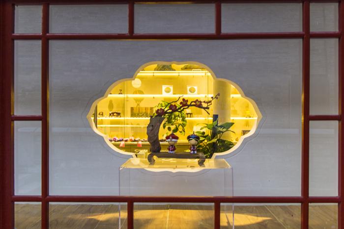 在北京,以故宫文化为主题的文创展走进了商场 东方IC图。  东方IC图