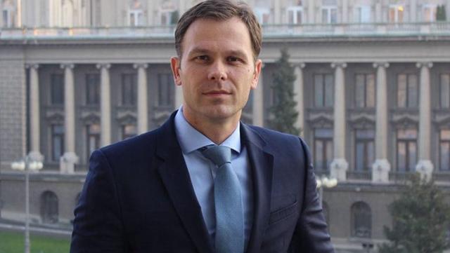 塞尔维亚财长西尼沙·马利
