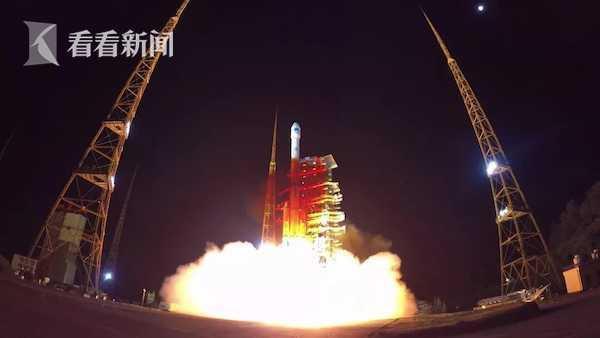 5月17日,长三丙火箭成功发射北斗编制第45颗卫星。来源:看看讯休视频截图