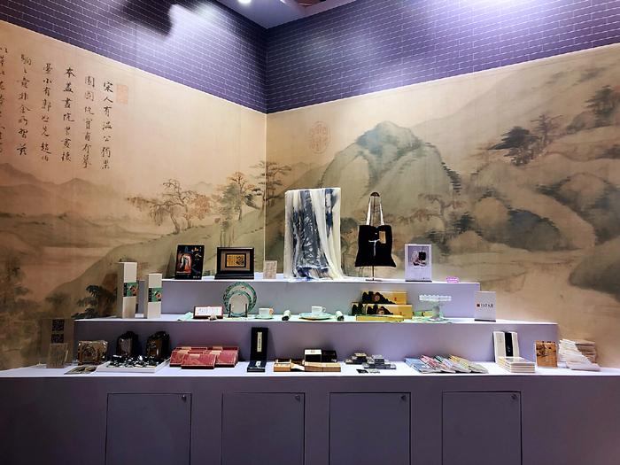 截至2018岁暮,上海全市博物馆文创产品出售额5400万元,取得了卓异的社会收好和经济收好。上海博物馆供图