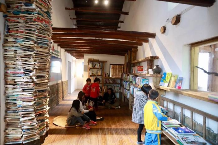 """""""冰心奖""""儿童图书馆,曾是村里空置多年的危房"""