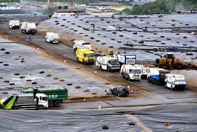 杭州天子岭垃圾场。摄影/章轲