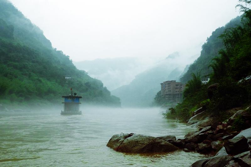 长江唯一无坝支流赤水河,其贵州段率先实走全年禁渔。  © 韦宝玉/WWF