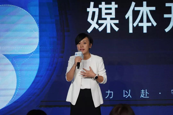 """充当""""首席反思官""""的总裁刘青"""