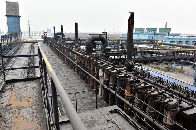 山东省淄博市,被关停的傅山焦化焦炉。摄影/章轲