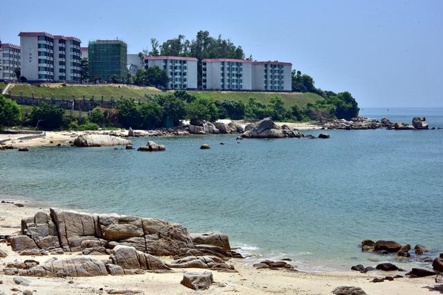 8月8日,大亚湾地区景色。摄影/章轲