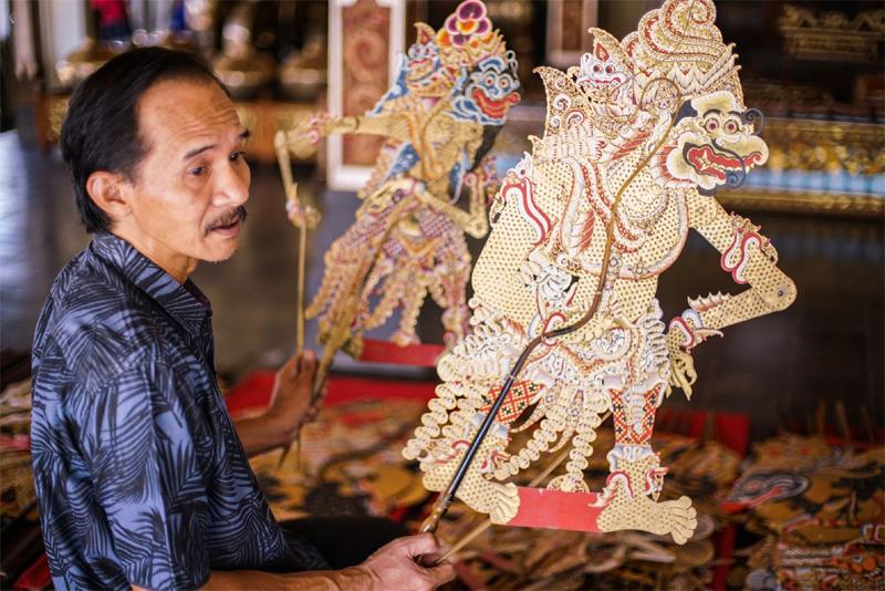 《他乡是故乡:跨越族群的印度尼西亚华人文化与艺术家》关注近年来印尼华人的音笑、戏弯等文化运动